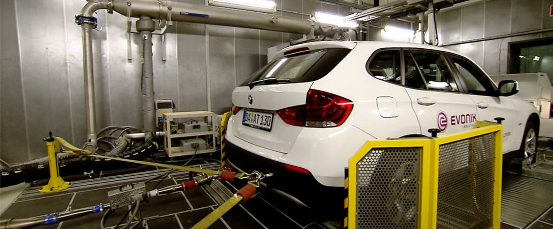 car-on-performance-test-powertrain